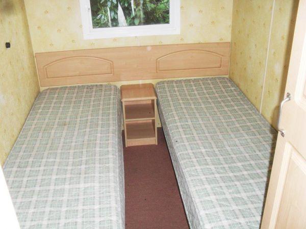 twin beds in caravan